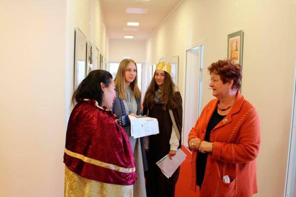 Sternsingerinnen und Sternsinger im Landtag