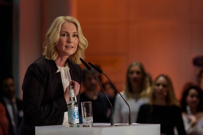 Bundesfrauenministerin Manuela Schwesig spricht zum Internationalen Frauentag