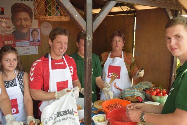 SPD-Politiker kochten für einen guten Zweck