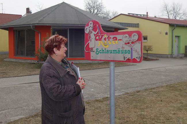 """Barbara Hackenschmidt zu Besuch in der Kita """"Schlaumäuse"""".Barbara Hackenschmidt zu Besuch in der Kita """"Schlaumäuse""""."""