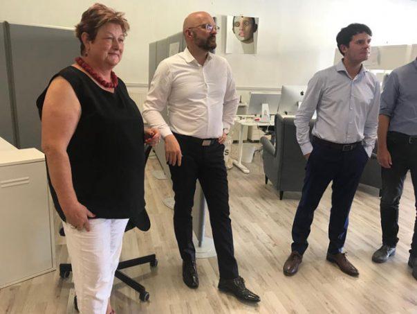 Zu Besuch in heimischen Firmen - Barbara Hackenschmidt (MdL), Staatssekretär Thomas Kralinski und Staatssekretär Björn Böhning.