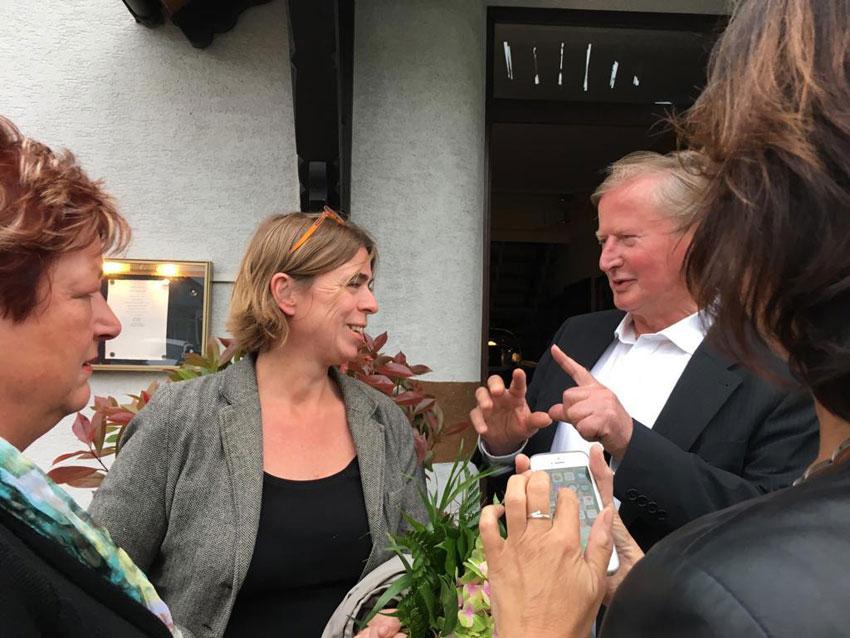 Nach der Auftaktveranstaltung mit Dr. Frauke Hildebrandt in Massen.